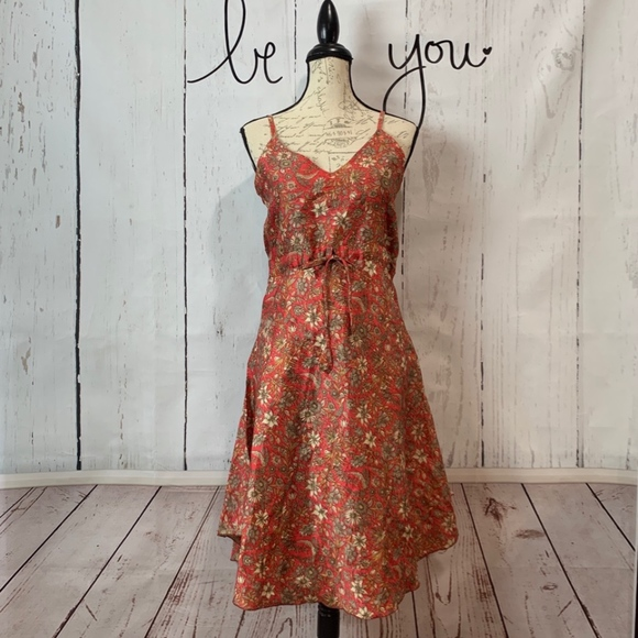 Dresses & Skirts - 100% Silk Floral Print Dress Medium